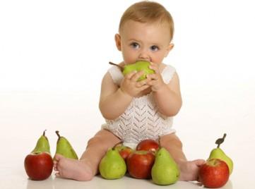 Dinh dưỡng cho bé ăn dặm từ hoa quả