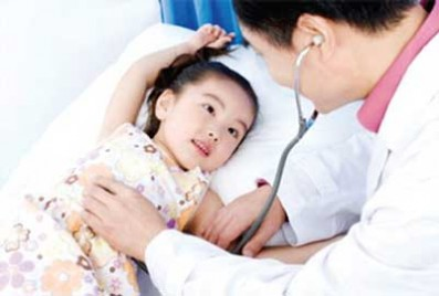 Chăm sóc bé mới ốm dậy như thế nào?
